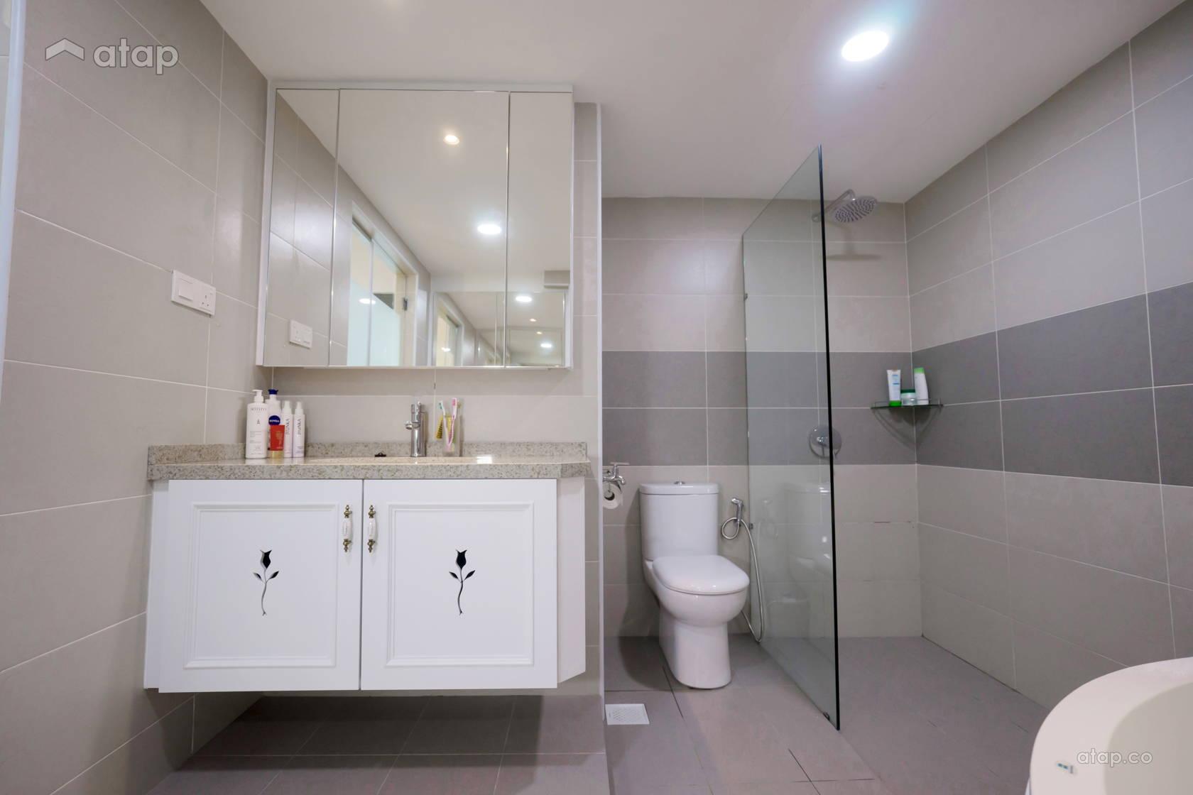 Asian Classic Bathroom @ Taman Mutiara Mas