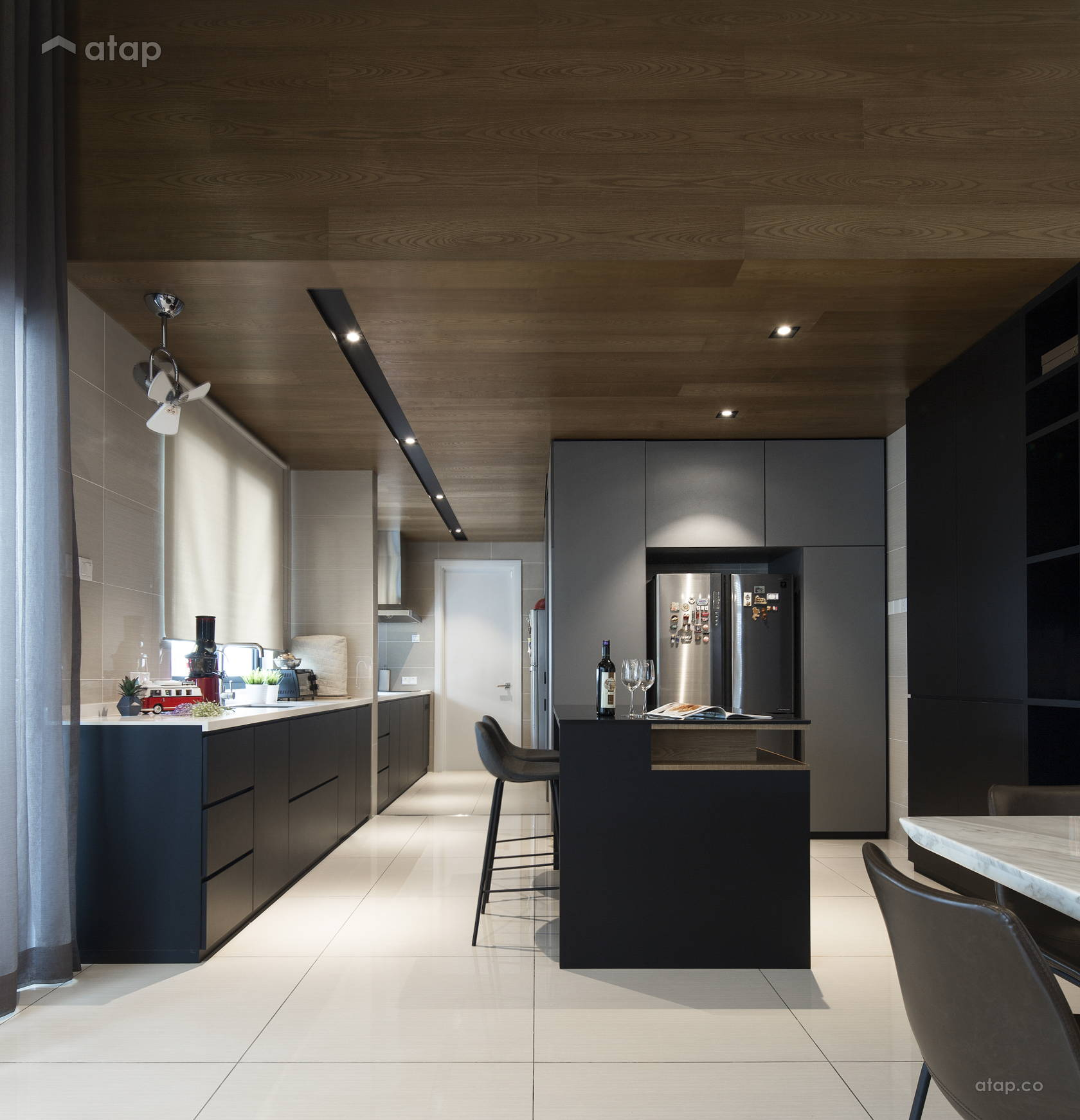 Contemporary Modern Kitchen @ D' Island Corallia