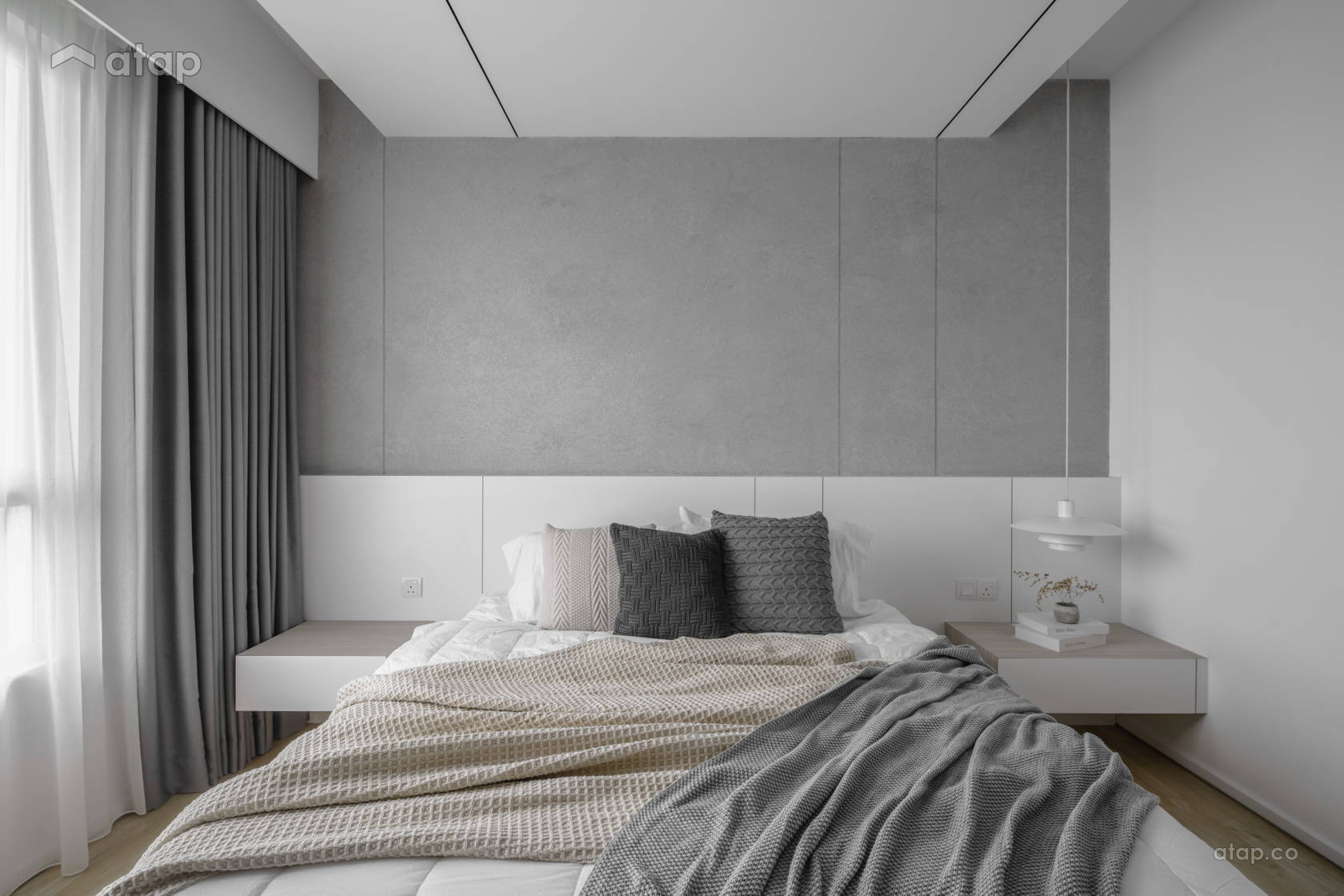 Contemporary Minimalistic Bedroom @ Hatsuhinode - Condominium