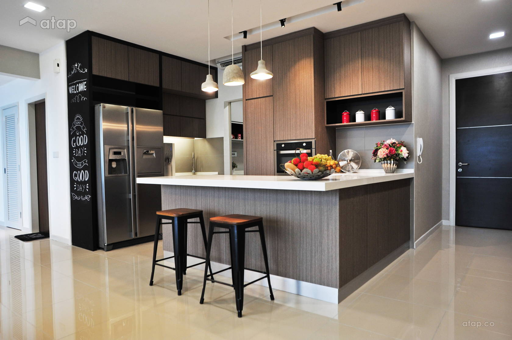 casa green condominium interior design renovation ideas, photos and
