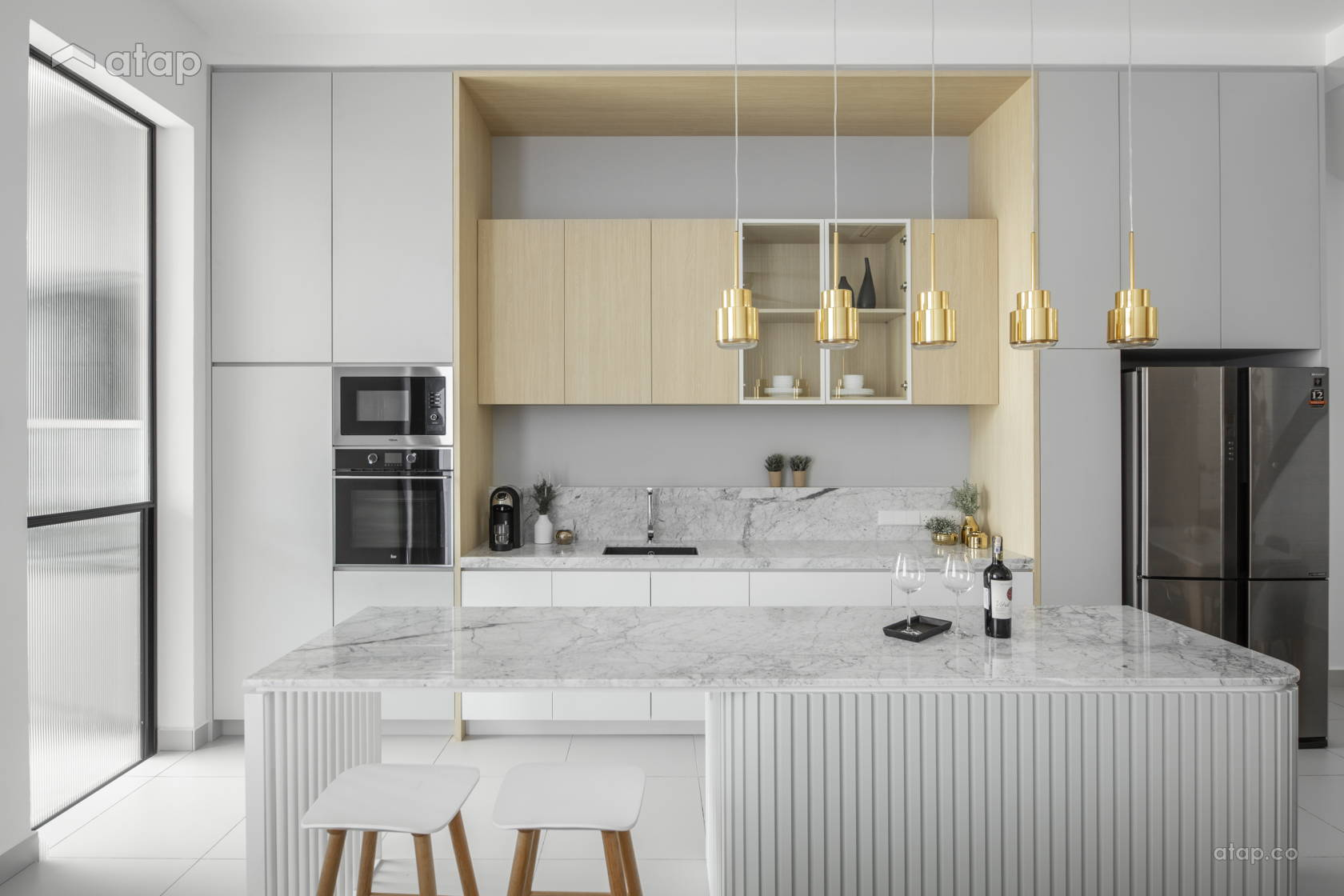 Contemporary Minimalistic Kitchen @ The Lighthaus - Andes Villa