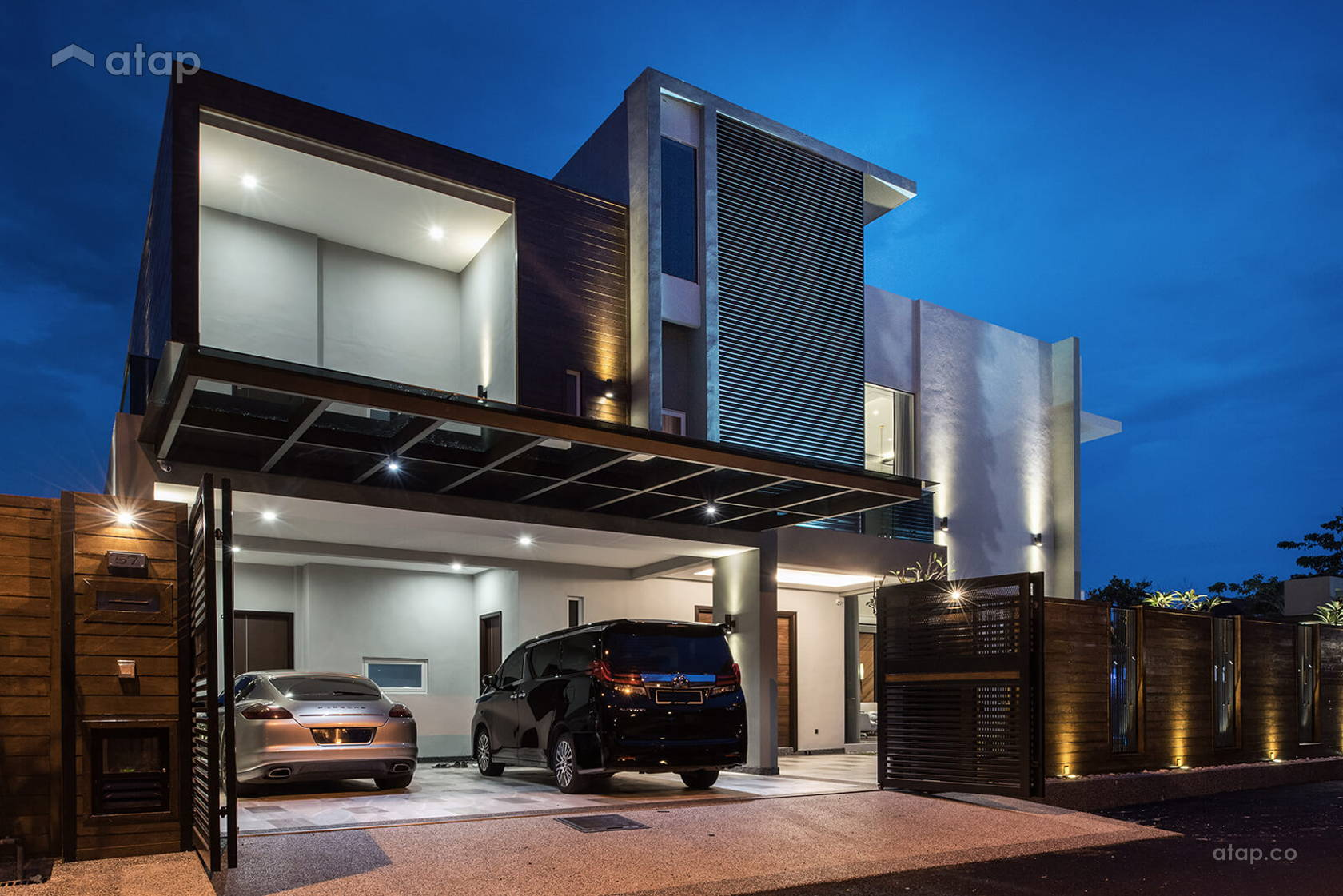 Contemporary Exterior @ HAUS 57 | Modern Insight