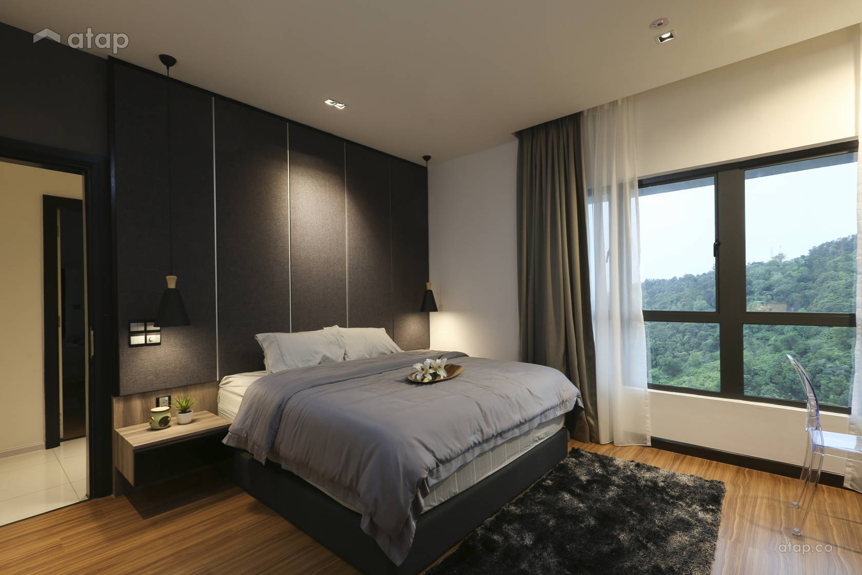Modern Bedroom @ Altitude