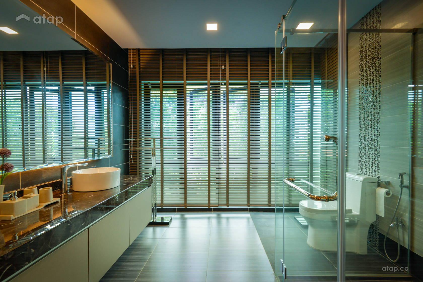 Modern Bathroom @ Semi-D at Bukit Segar