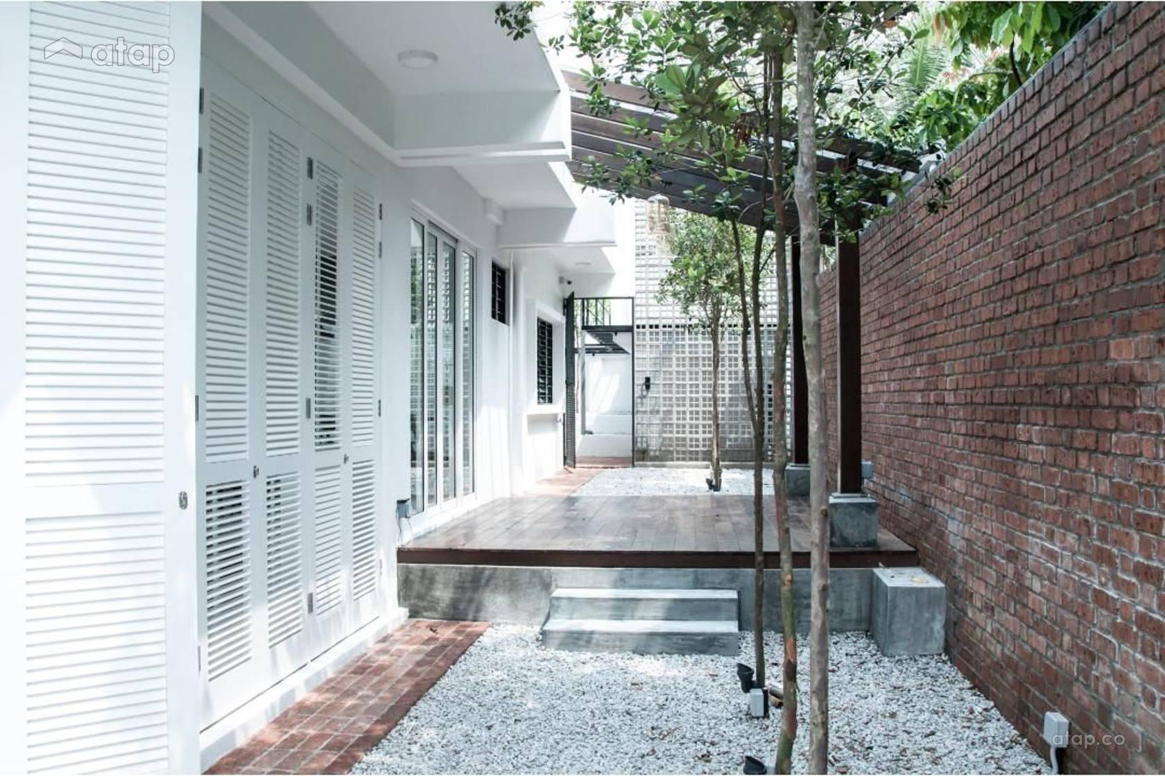 Garden Exterior @ White Haven