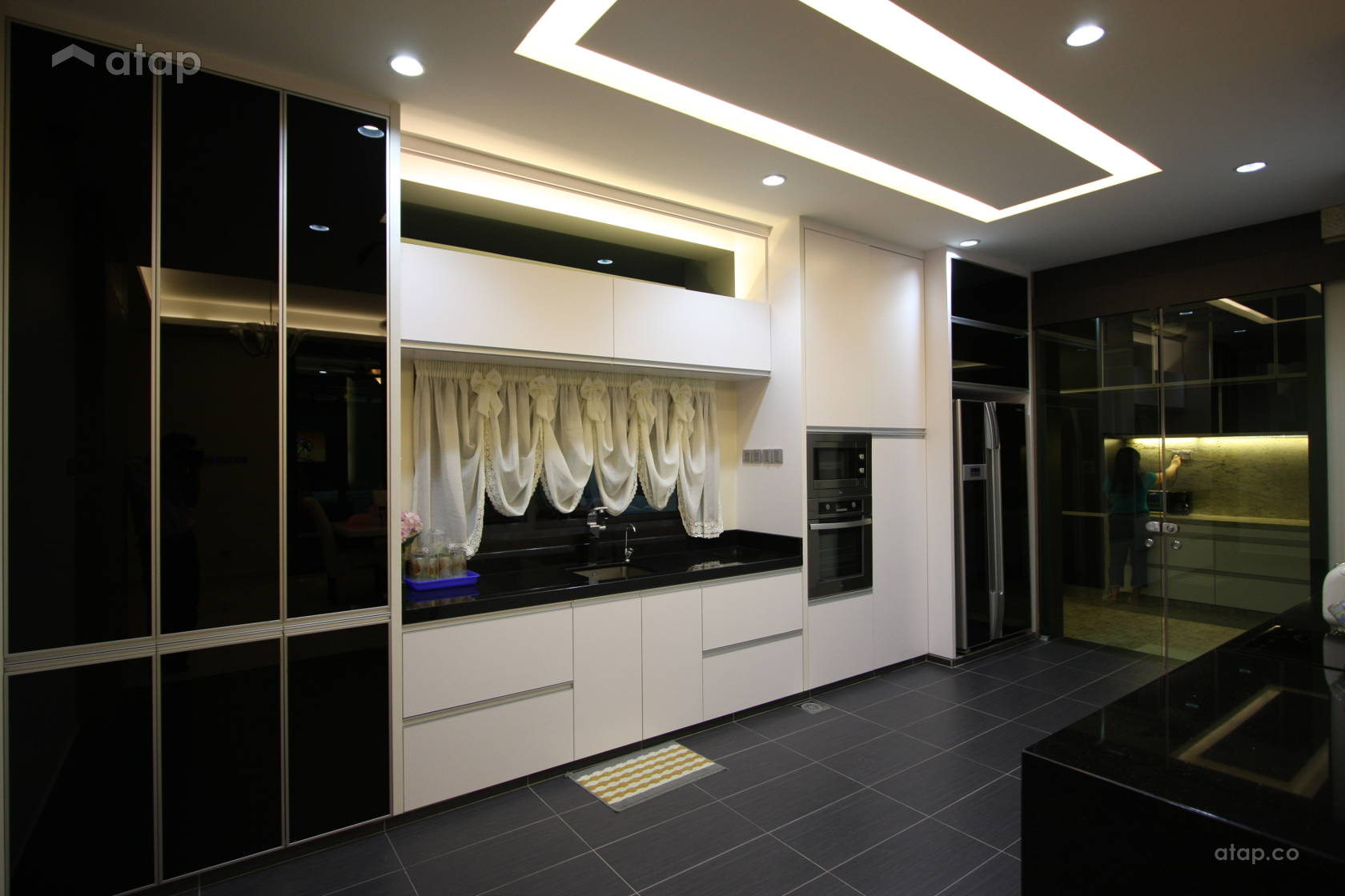 Contemporary Modern Kitchen @ Modern Comfortable