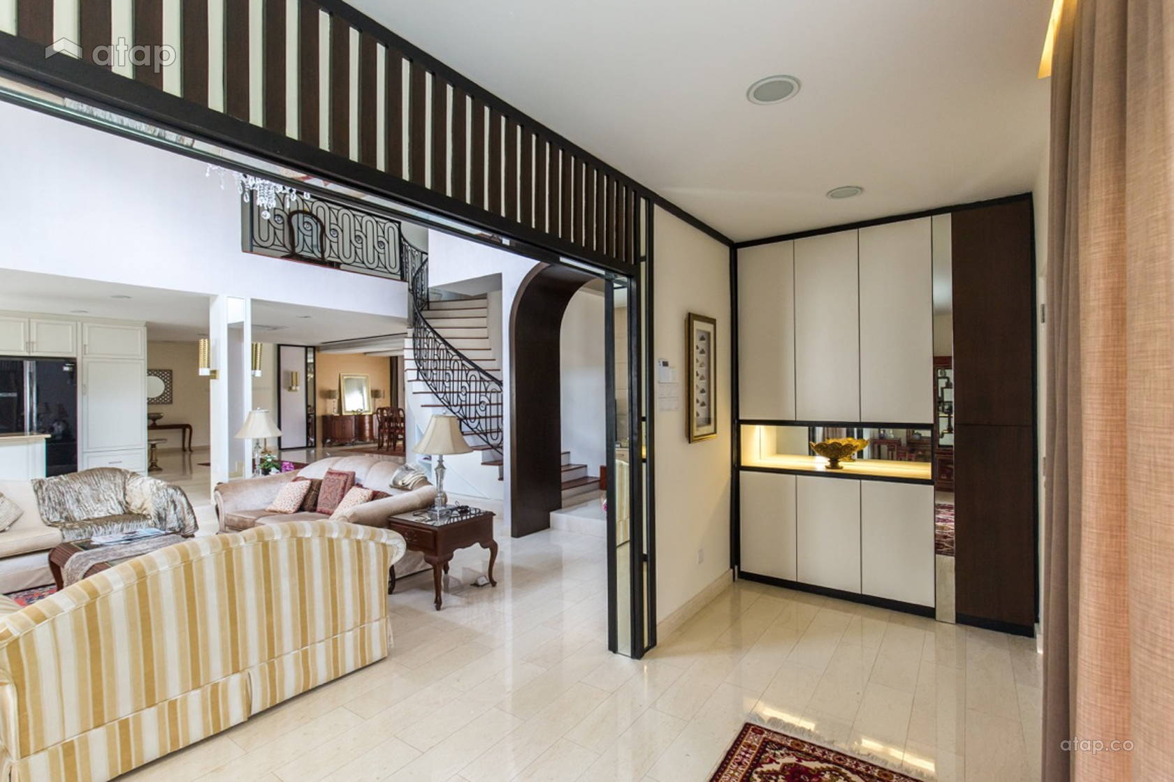 Classic Contemporary Foyer Living Room Bungalow Design Ideas