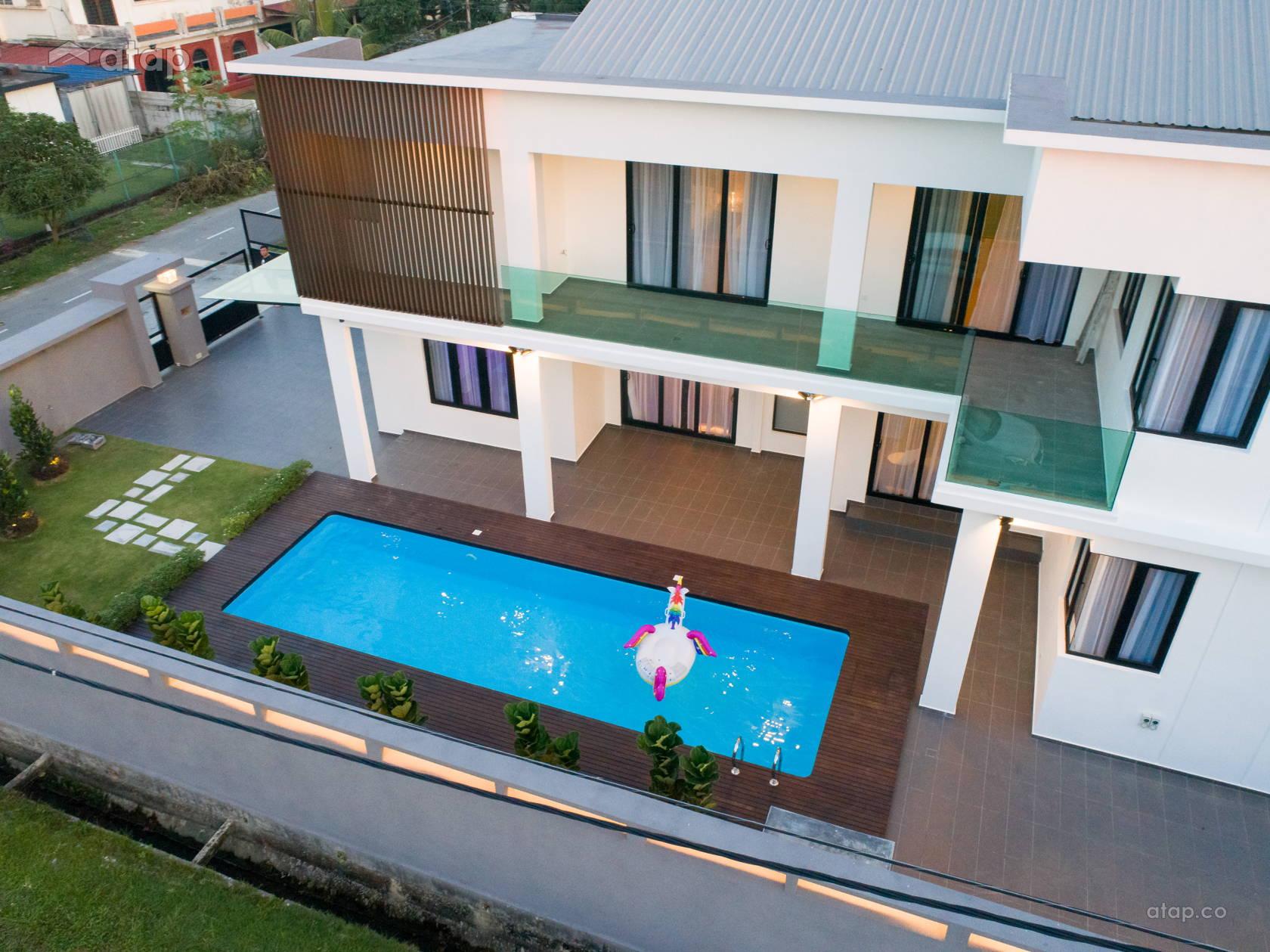Contemporary Modern Exterior Garden @ Reborn_House