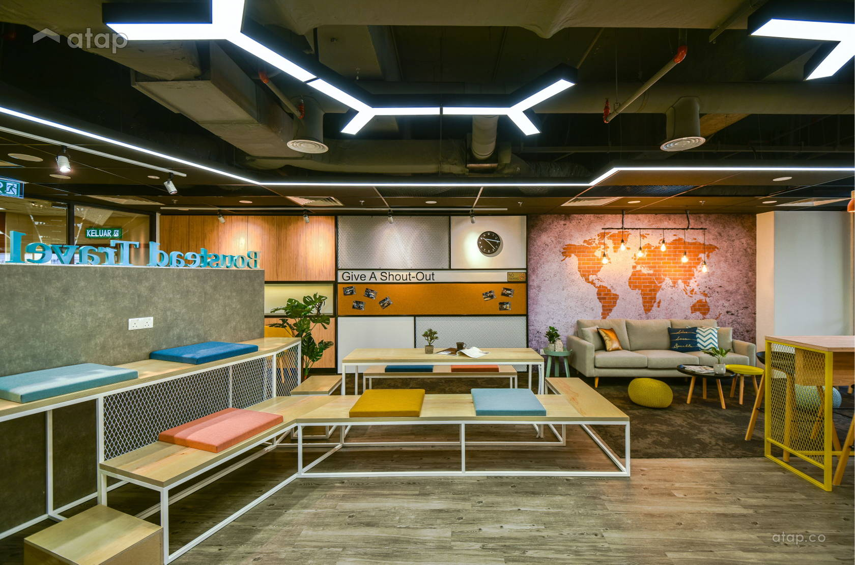 Contemporary Office @ Boustead Travel Services