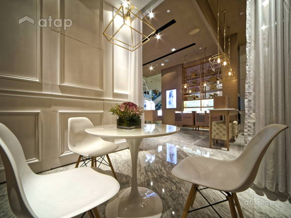 Classic Modern Retail@Rosato Jewelry Store - Pavilion