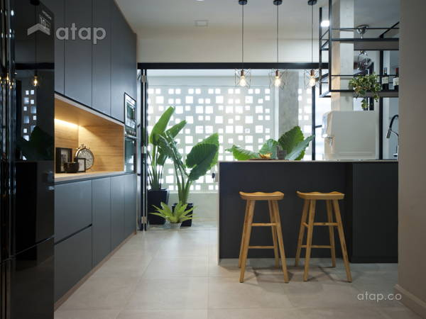 Contemporary Modern Garden Kitchen@Mutiara 85