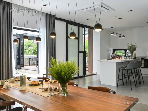 Minimalistic Dining Room@The Pool House