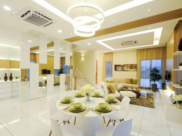 Living Room Dining Room@Lukut Lagenda Showroom