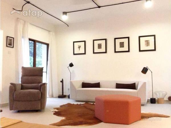 Minimalistic Living Room@Ukay Bayu