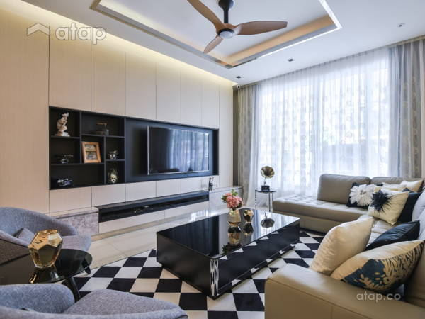 Contemporary Living Room@Terrace house at Bandar Puteri Puchong