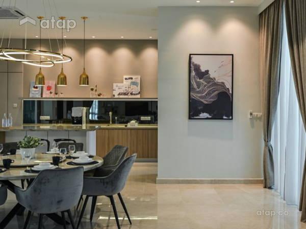 Modern Dining Room@Aspen Bungalow @ Cyberjaya