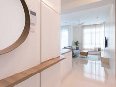 Contemporary Modern Foyer@The Vyne Condo