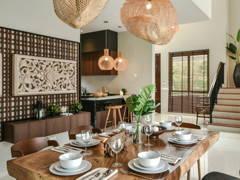 Contemporary Modern Dining Room@Bungalow Villa Mayuri
