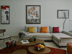 Minimalistic Modern Living Room@East Meets West