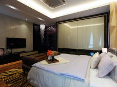 Contemporary Modern Bedroom@Gan One Legenda Residence