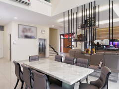 Contemporary Dining Room@Laman Villa @ Klang