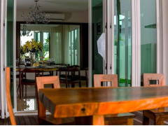 Contemporary Modern Dining Room@Bungalow Sandakan