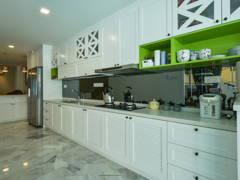 Classic Modern Kitchen@Terrace House Sri Petaling