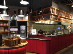 Retro Zen F&B Retail@Nando's Chicken