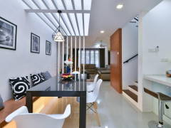 Contemporary Modern Dining Room@Wangsa Melawati