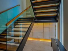 "Modern Foyer@""Elegant Simplicity"""