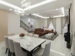 Modern Dining Room Living Room@Eco Spring Bradford Residences