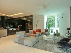 Minimalistic Living Room@Building peace through Architecture &  Interior Design