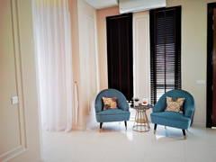 Classic Modern Foyer@Setia Alam Sari Type I