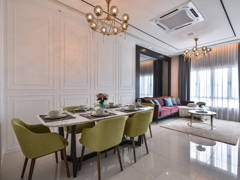 Classic Contemporary Dining Room@Damaisuria