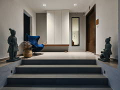 Minimalistic Foyer@The Pool House