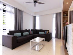 Contemporary Modern Living Room@Eco Summer Upton