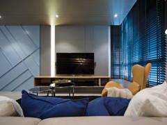 Minimalistic Modern Living Room@The Vyne 18