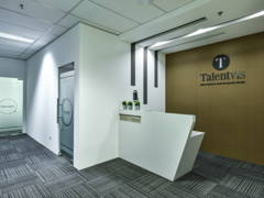 Contemporary Modern Office@Q SENTRAL OFFICE
