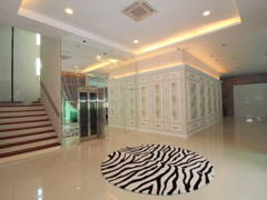Classic Foyer@Bungalow @ Kajang Country Height