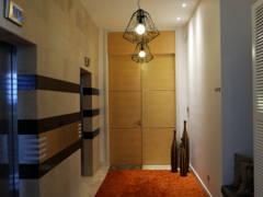 Modern Foyer@Modern Industrial Condo