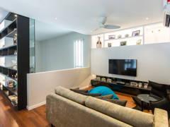 Minimalistic Modern Family Room Living Room@Modern bungalow at Sungai Long, Selangor