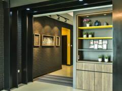 Industrial Rustic Foyer@< Industrialized Chic > @ Armanee Terrace II