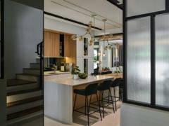Contemporary Scandinavian Foyer Kitchen@<Pristine Representation> @ Zenia Residences, Desa Park City