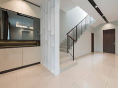 Contemporary Modern Foyer@Scarlet Rimbayu Double Storey Terrace