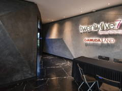 Contemporary Office@TwentyFive.7 Sales Gallery