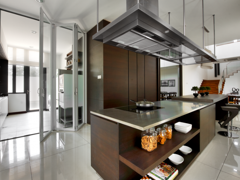 Contemporary Modern Kitchen@The Straits View Residences