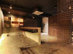Industrial Rustic Living Room@De Gallery