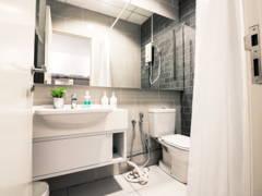 Minimalistic Bathroom@Vida @ Bukit Ceylon