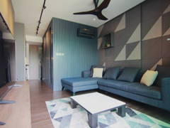 Contemporary Modern Living Room@Sky Peak Residences