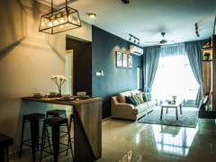 Contemporary Modern Living Room@Pearl Suria Residence